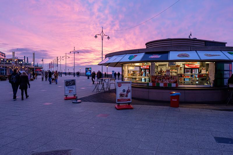 Scheveningen Boulevard at dusk.