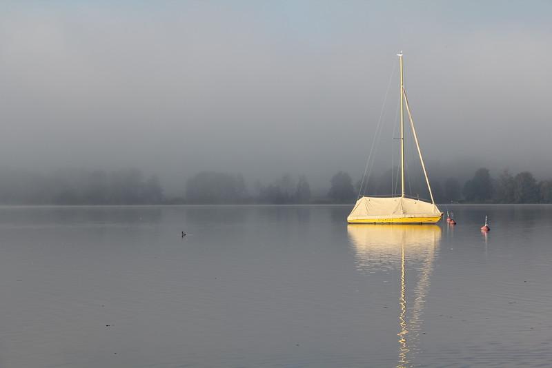 Das sonnengeküsste gelbe Boot, the sunkissed yellow Boat