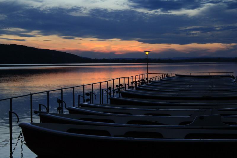 Ruhende Boote, Sleeping Boats