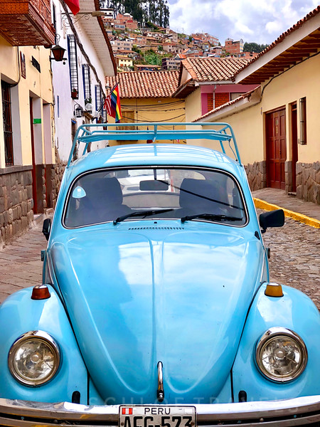 Blue Volkswagen Bug | Cusco, Peru