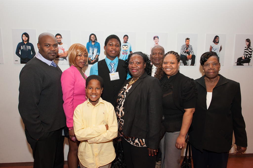 Pratt Young Scholar, Troy, and family.