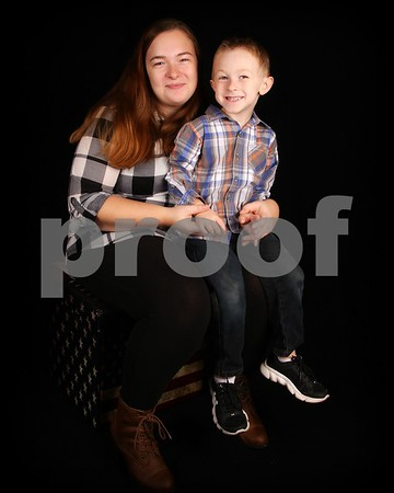 #1 ALEXANDER VANETTEN WITH MOM ON STOOL