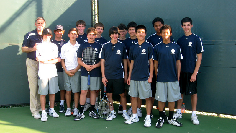 Team picture after Harvard Westlake match, April 2010