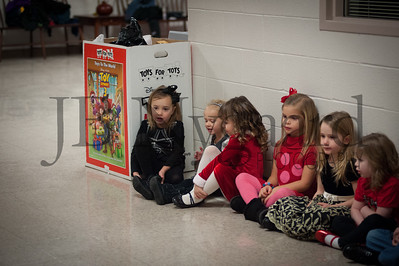 12-12-13 Bluffton Community Preschool Concert-3