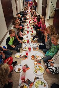 11-21-16 1st grade Thanksgiving Feast (Class of 2028)-51