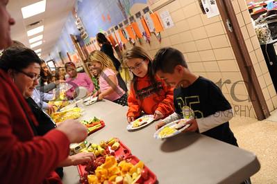 11-21-16 1st grade Thanksgiving Feast (Class of 2028)-25