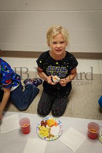11-21-16 1st grade Thanksgiving Feast (Class of 2028)-35