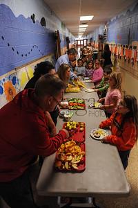11-21-16 1st grade Thanksgiving Feast (Class of 2028)-28