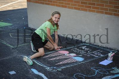 5-24-16 5th grade sidewalk chalk (Class of '23 - Erik's class)-36