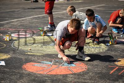 5-24-16 5th grade sidewalk chalk (Class of '23 - Erik's class)-51