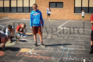 5-24-16 5th grade sidewalk chalk (Class of '23 - Erik's class)-52