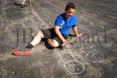 5-24-16 5th grade sidewalk chalk (Class of '23 - Erik's class)-76