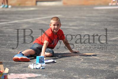 5-24-16 5th grade sidewalk chalk (Class of '23 - Erik's class)-46