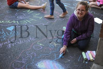 5-24-16 5th grade sidewalk chalk (Class of '23 - Erik's class)-27