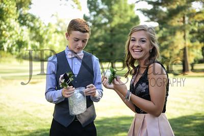 9-23-17 Eden Nygaard and Bella Basinger Freshman Homecoming -9