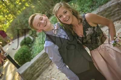 9-23-17 Eden Nygaard and Bella Basinger Freshman Homecoming -22