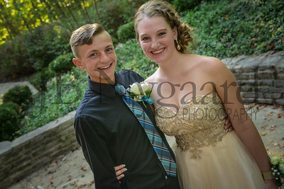 9-23-17 Tayton Kleman and Julia Smallcombe - Freshman Homecoming-9