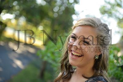 9-23-17 Bella Basinger (Freshman Homecoming)-15