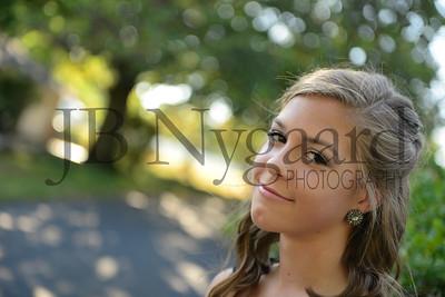 9-23-17 Bella Basinger (Freshman Homecoming)-13