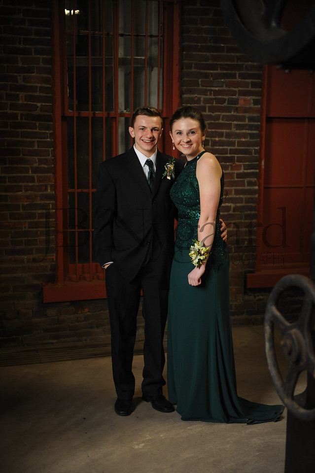 4-21-18 Tayton Kleman (9th) and Aimee Ritter (12th) BHS Prom-13