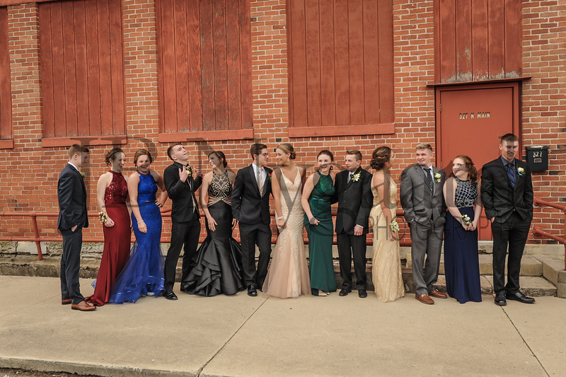 4-21-18 BHS Prom 2018-11