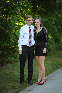 9-29-18 Eden Nygaard (15 - Sophmore) and Bailey Edwards (17 - Senior) Bluffton HS Homecoming-6