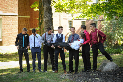 9-29-18 Bluffton HS Homecoming - Eden Nygaard and friends - 10th grade (Class of 2021)-1