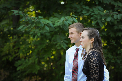 9-29-18 Eden Nygaard (15 - Sophmore) and Bailey Edwards (17 - Senior) Bluffton HS Homecoming-8
