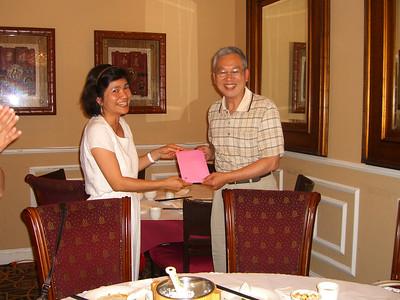 李鸿祥值日生谢宴于福恩缘 - June 27, 2010