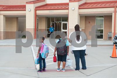 08/24/16 Tyler ISD #BackToSchool By Cory McCoy/Staff