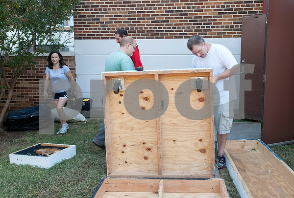 Parents help build set pieces for the play Alice in Wonderland Jr. at Caldwell Elementary in Tyler Oct. 29, 2016. Caldwell Fine Arts Academy is presenting Alice in Wonderland Jr. Thursday Nov. 17 at  10 a.m. and 6 p.m. and Friday Nov. 18 at 1 p.m. and 6 p.m. at Caldwell Auditorium.  (Sarah A. Miller/Tyler Morning Telegraph)