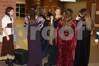 12/17/16 Whitehouse High School Choir Hosts Madrigal Dinner by David Thomas
