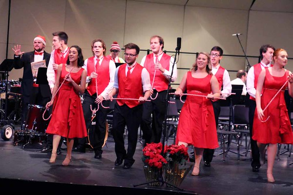 '16 Chardon High Holiday Music Program