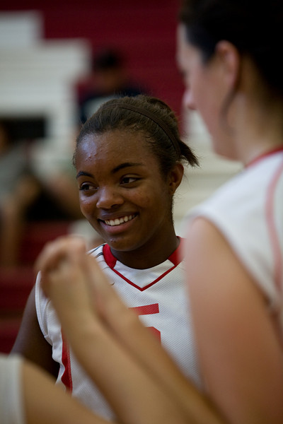 08 27 08-Girls-Varsity-Volleyball-11