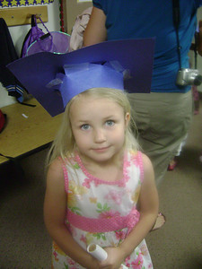 Elizabeth preschool graduation (22)