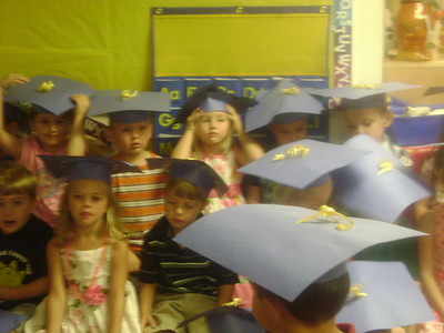Elizabeth preschool graduation (9)