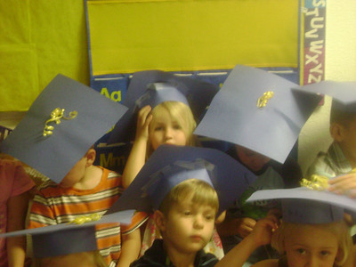Elizabeth preschool graduation (8)