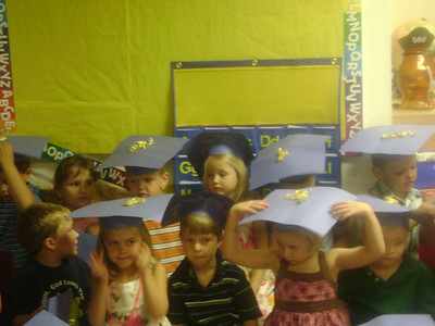 Elizabeth preschool graduation (11)