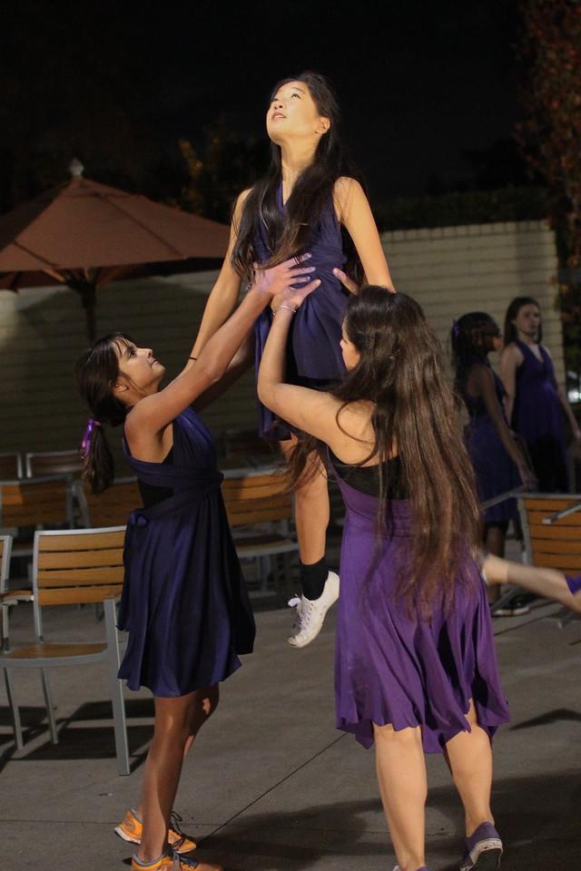2013.11.22 Dance