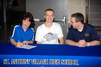 Ben Peterson Signing - Dec 17 2014
