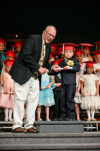 RCS-2017-KindergartenGraduation-050