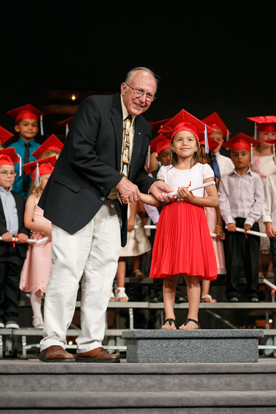 RCS-2017-KindergartenGraduation-044
