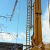 27 februari - Plaatsing van plafondelementen bij de nieuwe gymzaal.