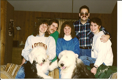 Lydia, Hootmonster, Patti, Gilly & Kevan at the Poconos - February 1990