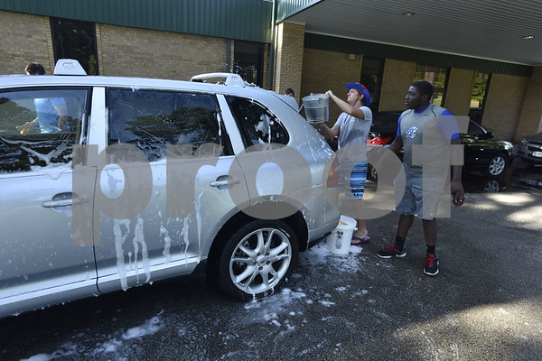 Grace Community School Football Car Wash