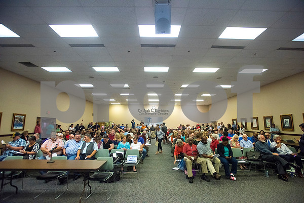 People nearly fill all of the seats at the Tyler ISD board meeting in Tyler, Texas, on Monday, Aug. 21, 2017. Residents came to discuss changing the name of Robert E. Lee High School, with the discussion being fueled by protests across the nation regarding Confederate monuments. (Chelsea Purgahn/Tyler Morning Telegraph)