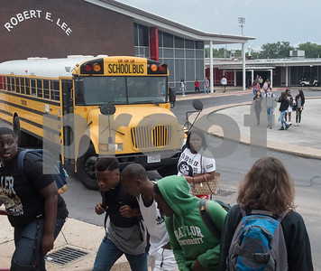Students arrive on campus in the morning before school on the first day of classes at Robert E. Lee High School in Tyler Monday Aug. 28, 2017.  (Sarah A. Miller/Tyler Morning Telegraph)