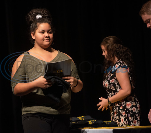 Winona High School freshman Makayla Smith, 14, signs for the TJC Promise.  (Sarah A. Miller/Tyler Morning Telegraph)