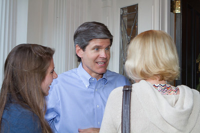 Jeff greeted parents, students, and recent Dartmouth graduates.