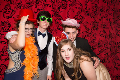 Sarah Mercer, Hayden Williams, Josh Thornburg and Haley Jackamonis pose in a photo booth